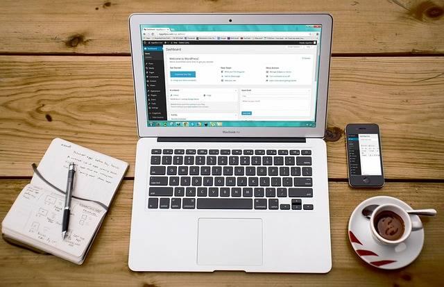 Cara Buat Blog Sendiri Melalui HP Android untuk Pemula
